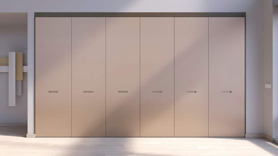 Muebles columna de cocina con apertura escamoteable cerrada