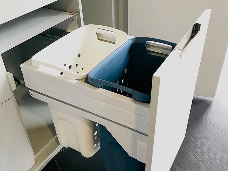 Muebles bajo con cubos para la colada (Senssia)