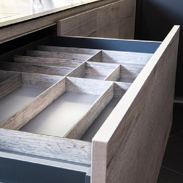 Cubertero con separadores para cajón interior