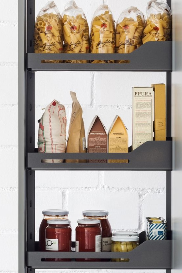 Mueble columna extraíble con bandejas extraíbles